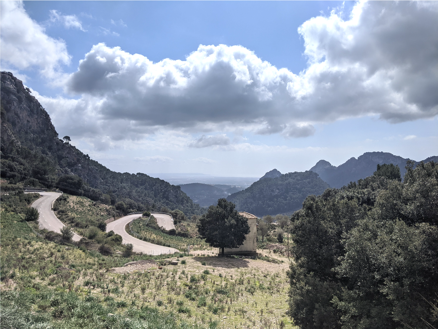 Cycling up the hairpins of the Col de Sóller